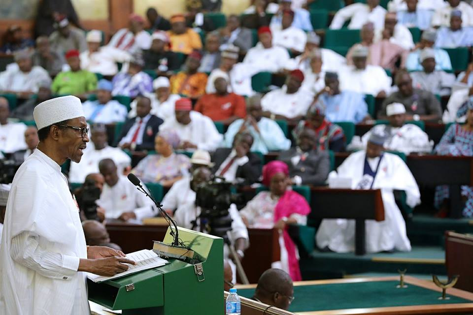 Buhari arrives National Assembly, commences presentation of 2018 budget proposal""